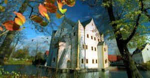 Wasserschloss Klaffenbach Herbst Ceimzeit